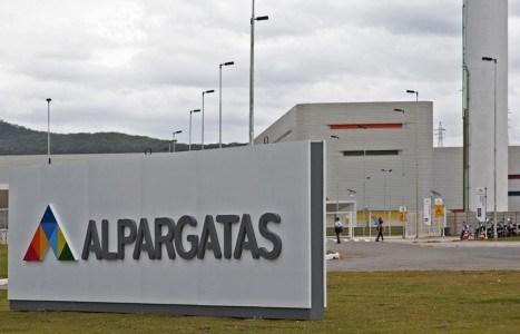 Resultado de imagem para grupo Alpargatas Meggashop