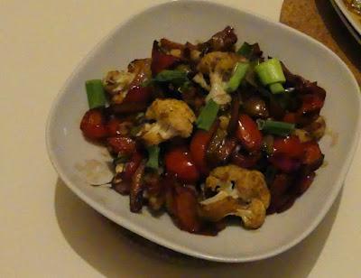 Blumenkohl mit roter Paprika und Sichuanpfeffer
