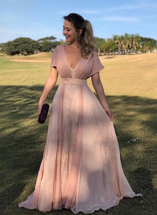 vestido longo rose com manga curta manguinha