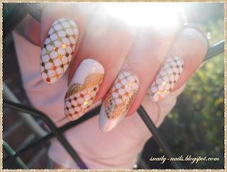 http://snaily-nails.blogspot.com/2016/09/zniewolona-biel.html