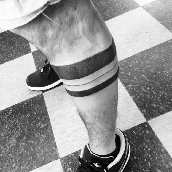 Signification tatouage tour de bras fonds d 39 cran hd - Tatouage homme tour de bras ...