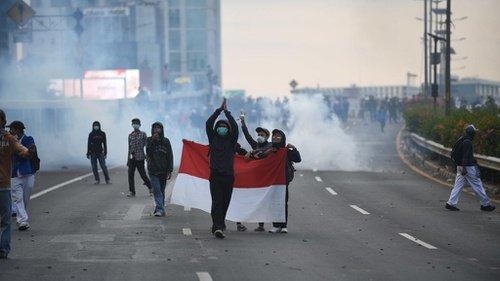 Bentrok saat Azan, Anak STM ke Polisi: Udah Pak, Udah Dulu Pak, Maghrib!