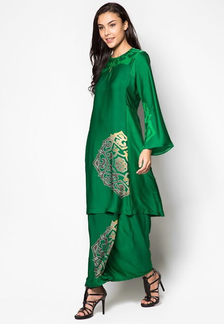 Baju Kurung Warna Hijau Buatan Designer Malaysia
