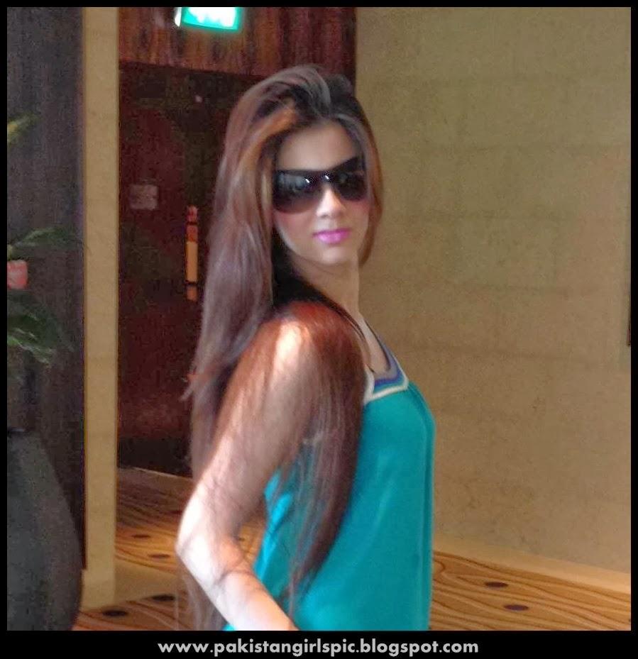 Pakistani Girls Pictures Gallery Pakistani Girls-2923