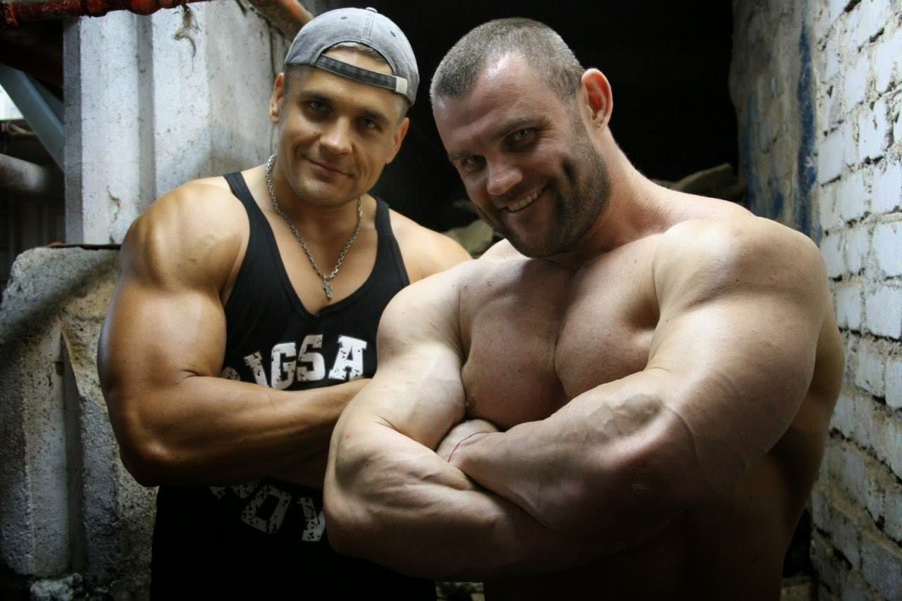 Muscle Lover: Ukrainian heavyweight bodybuilder Vyacheslav Volosov