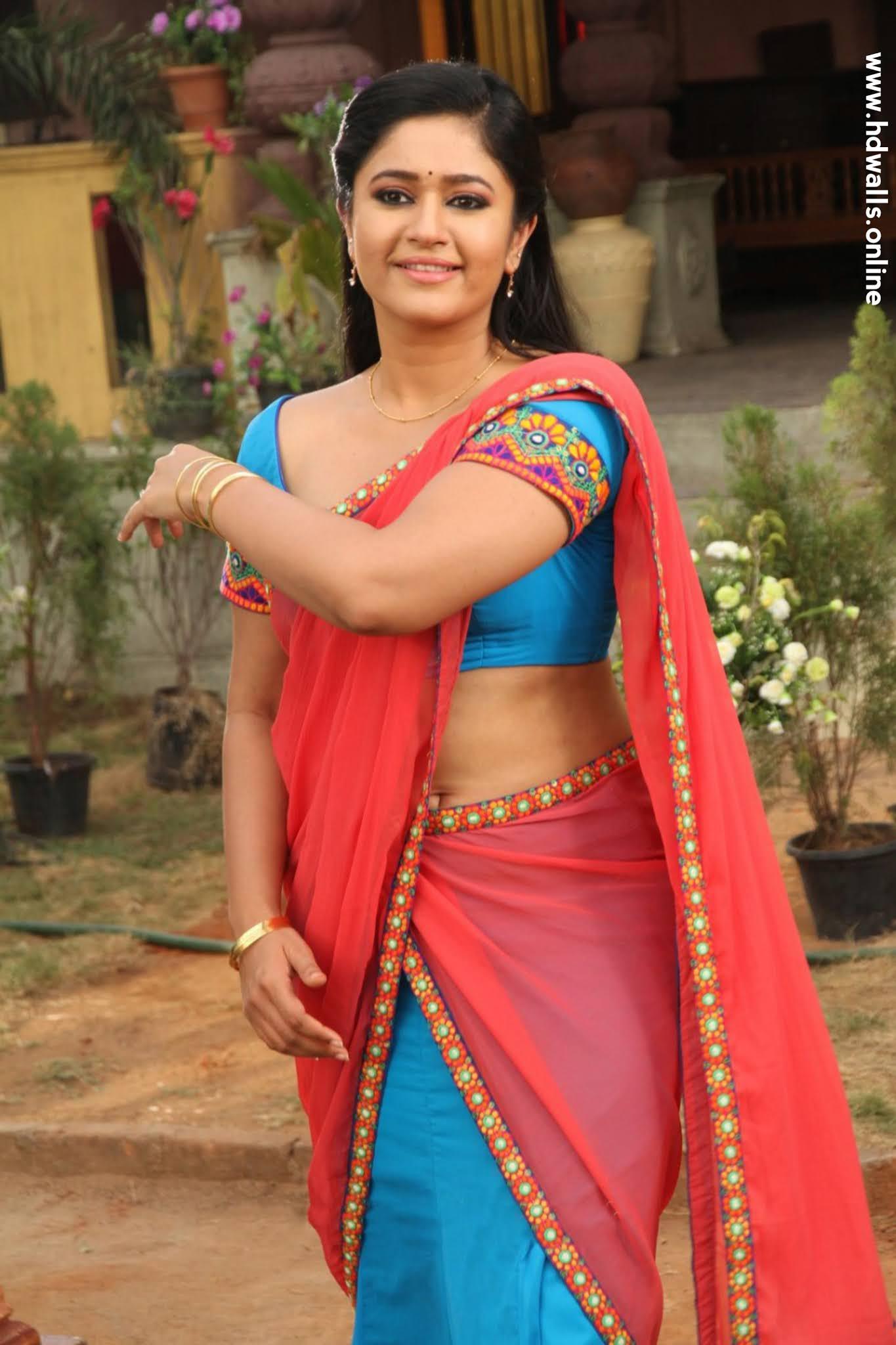 Poonam Bajwa Saree Cute Photos