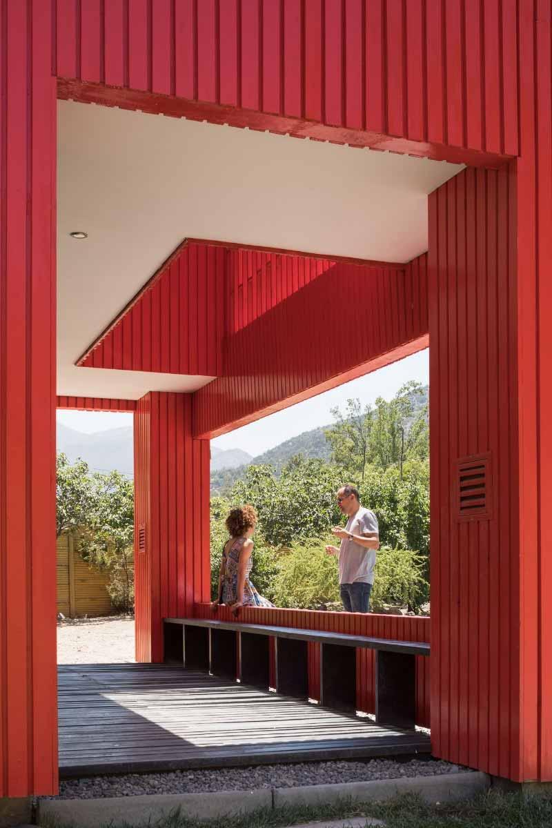 La Roja progetto di Felipe Assadi Arquitectos