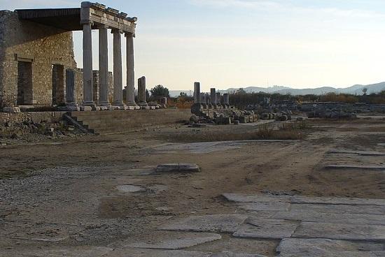 Αρχαίες Ελληνικές πόλεις που δεν υπάρχουν πλέον ή δεν είναι πλέον Ελληνικές