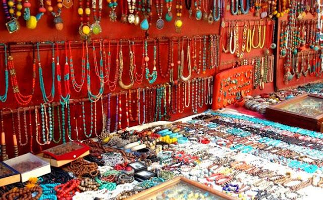 Tibetan Handicrafts , Dalhousie tourist attraction