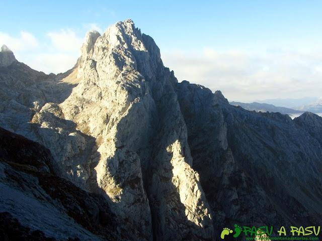 Torre del Friero desde Collado Jermoso