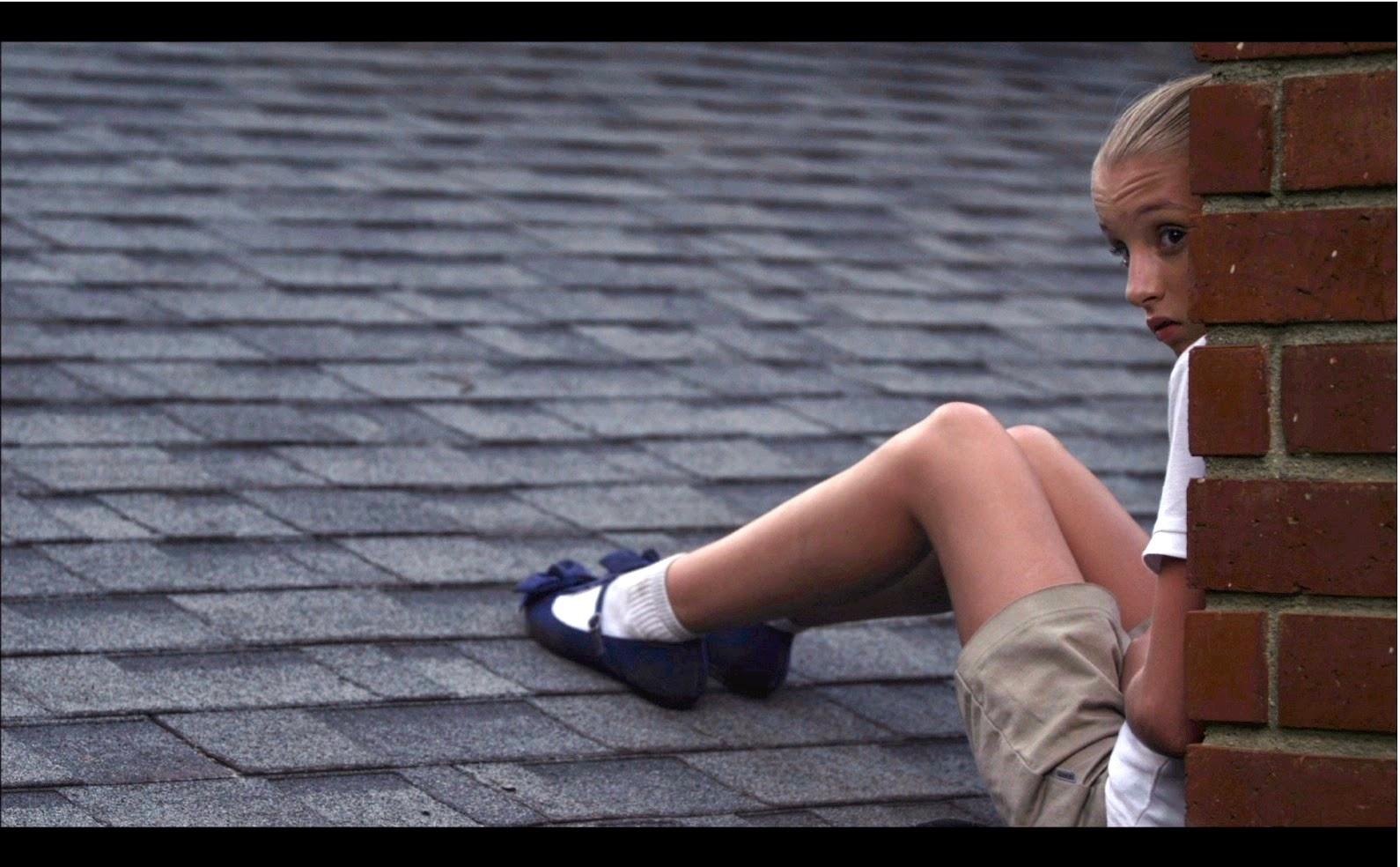 Amelia Jackson Gray the girl on the roof - q and a with amelia jackson-gray