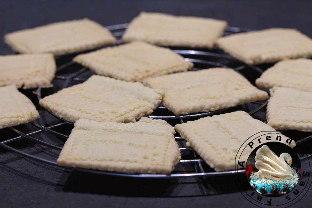 Biscuits au citron glacés (pas à pas en photos)