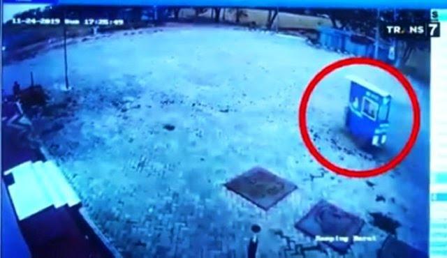 Gerobak Mi Ayam di Kota Madiun Jalan Sendiri, Pemilik Mengaku Heran