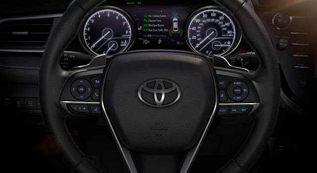 2018 Toyota Camry Features Steering