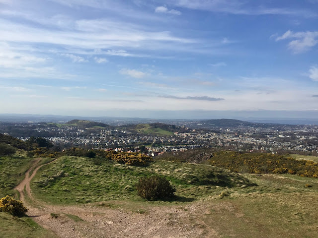 Views from the summit of Braid Hills hiking path, Edinburgh, Scotland