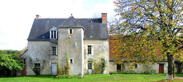Manoir de la Baudelliere, Indre et Loire, France. Photo by Loire Valley Time Travel.
