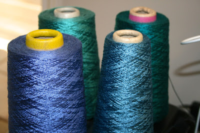 8/2 tencel: dark teal, greyed teal, grey blue, blue purple