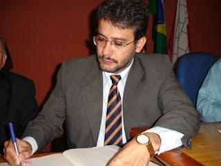 Ex-prefeito de Cajazeiras é condenado por crime de responsabilidade