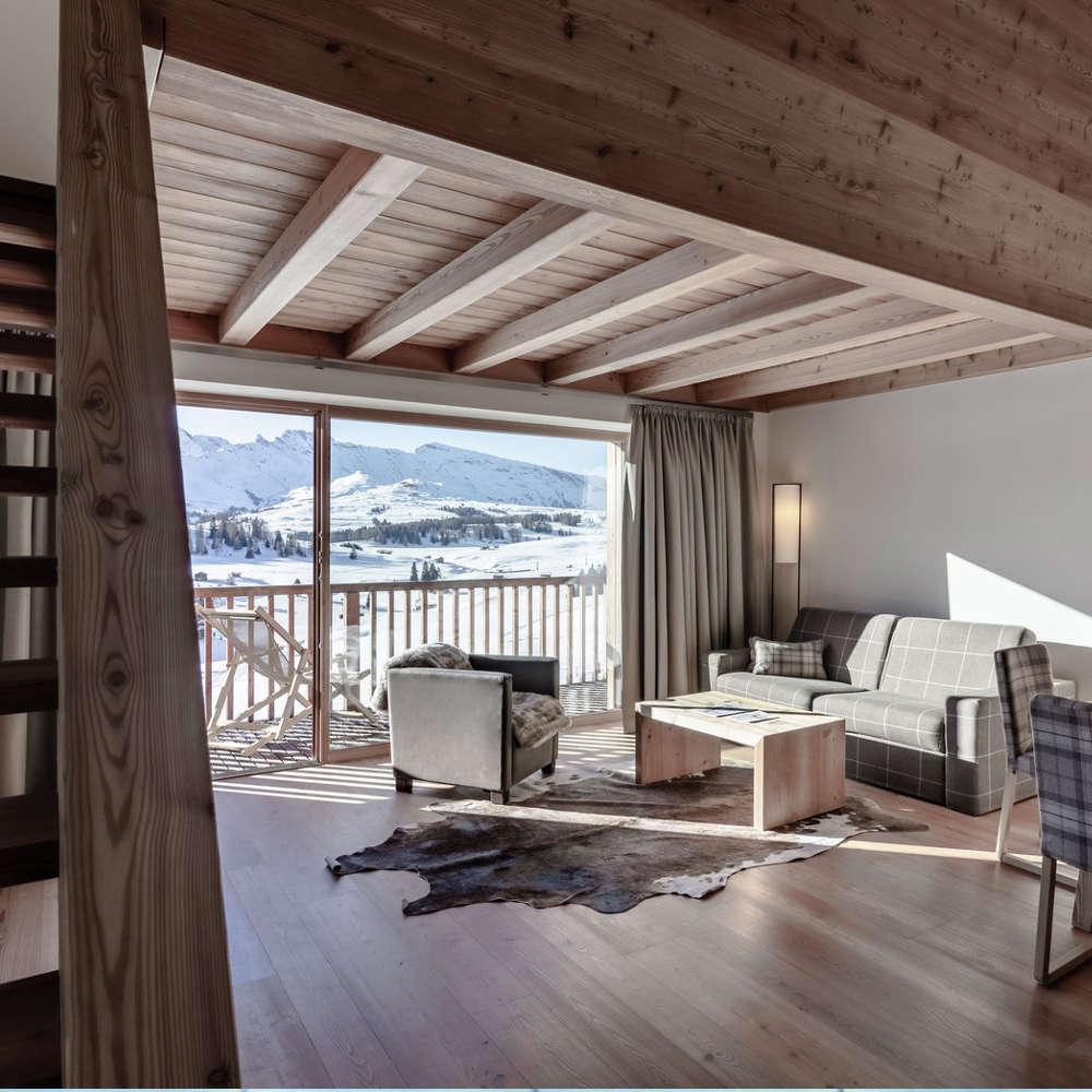 Zimmer mit Dolomitenpanorama auf der Seiser Alm Sporthotel Sonne