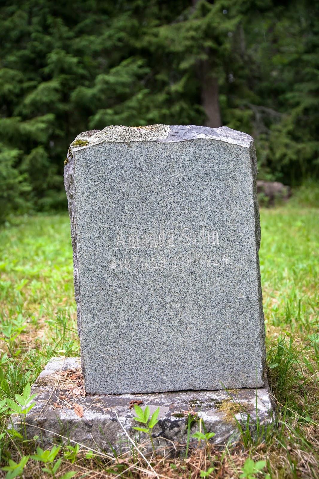 unohdettujen hautausmaa
