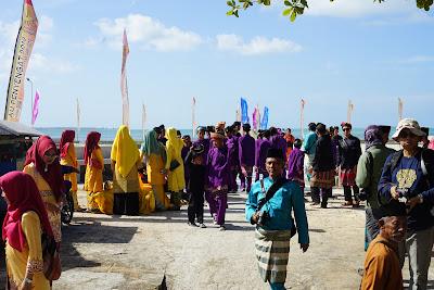 Peserta Pawai Pembukaan Festival Pulau Penyengat 2019