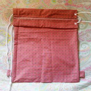 como hacer mochila de tela
