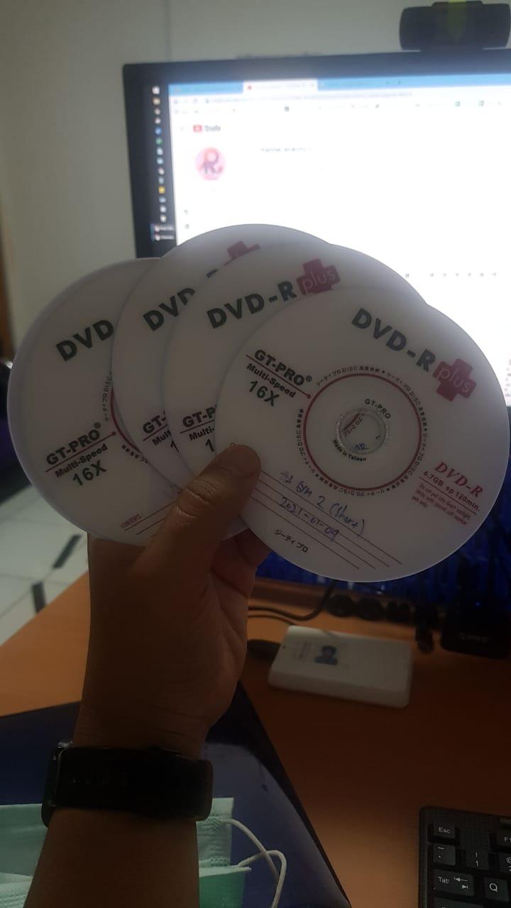 DVD untuk tape mobil