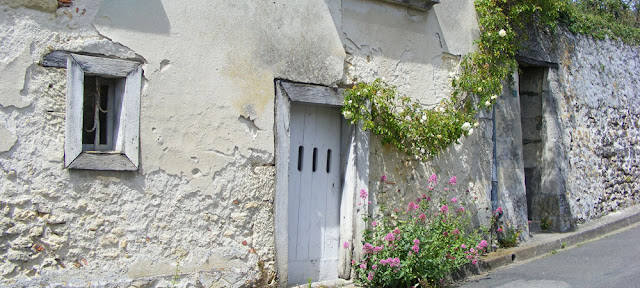 Photograph Susan Walter.  Tour the Loire Valley with a classic car and a private guide.