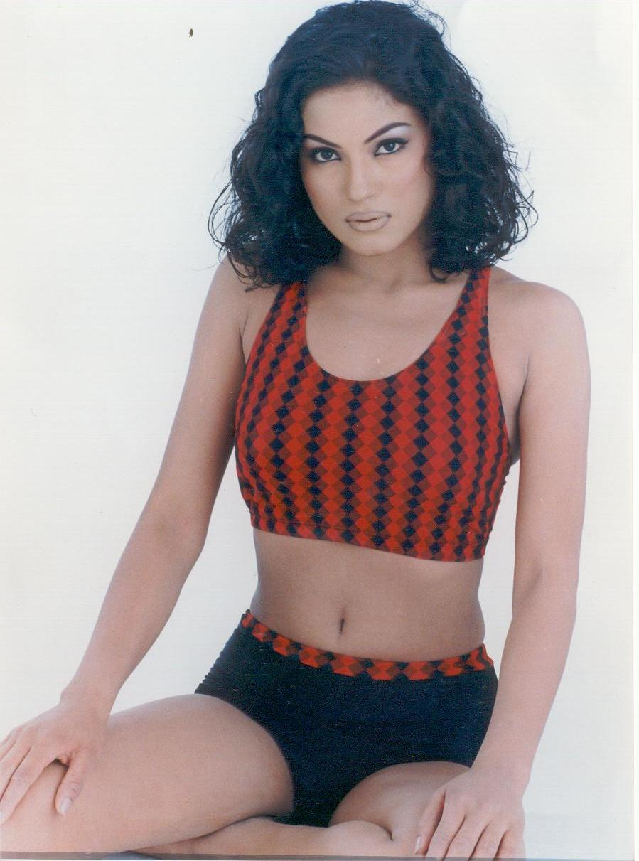 Film Star Picture Indian Veena Malik Gallery-9815