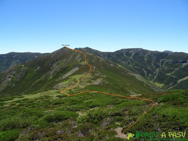 Ruta al Tres Concejos y Estorbin: Camino al Pico de Pisones o Camparón