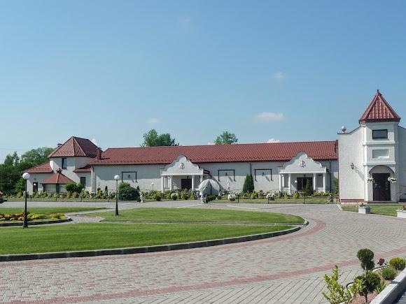 Подгорцы Стрыйского района. гостинично-ресторанный комплекс «Підгорецький маєток»