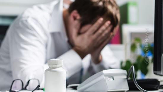 trabalhador sindrome burnout direito licenca medica