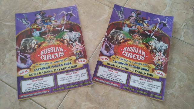 Brosur Penampilan Russian Sirkus