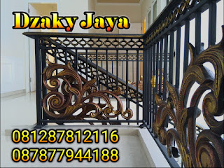 railing-balkon-besi-tempa-balkon-klasik-09