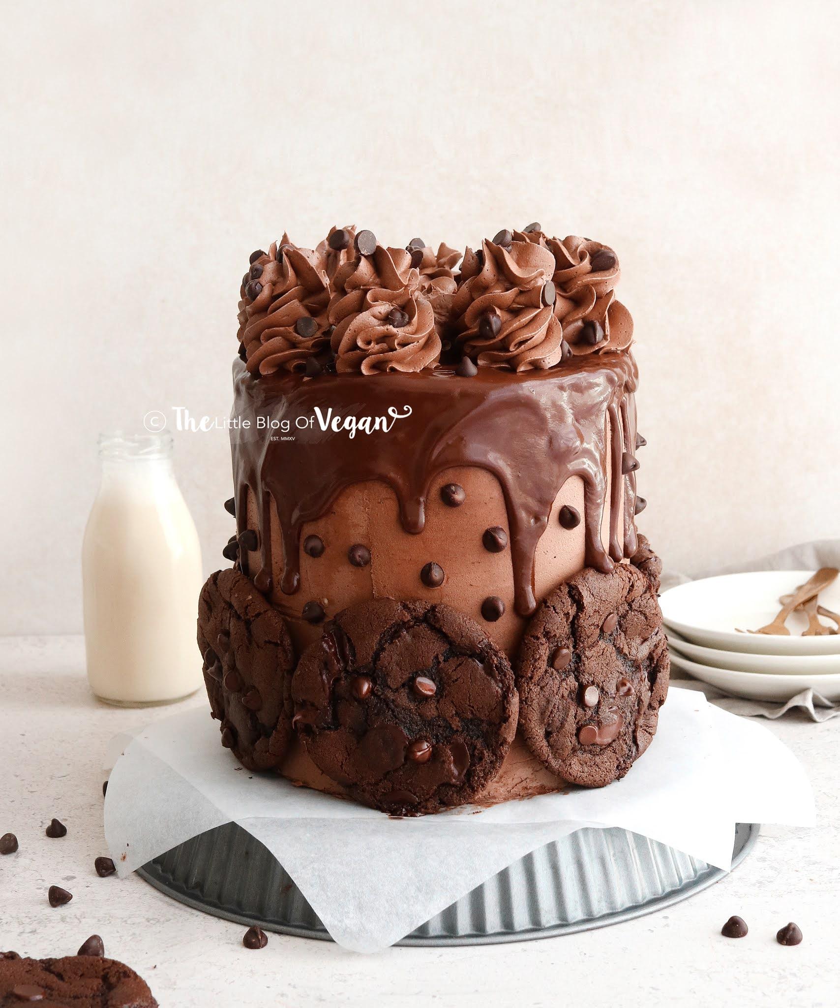 Vegan-chocolate-cookie-cake