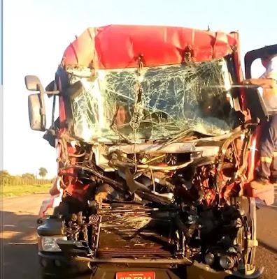 Caminhoneiro morre em acidente