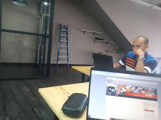 kelas pembangunan asas membina laman web