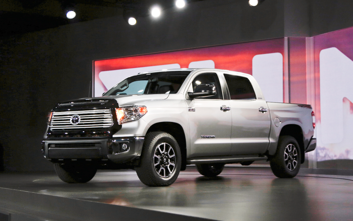 2014 Toyota Tundra New Cars Reviews
