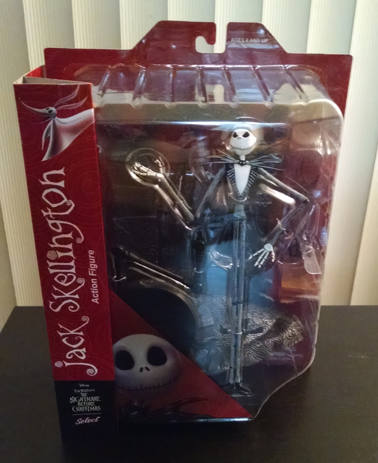 Toy Review: Diamond Select Nightmare Before Christmas Jack Skellington