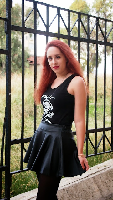 Redhead,outfit,rock,pretty little psycho,skirt,leather,leather skirt,persunmall,zara,pirate,pirate bar,hydra,ringsandtings, Rings and Tings,accessories ,winter, 2013, 2014,spotlights on the redhead
