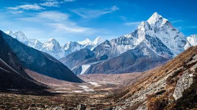 Gunung Dengan Pemandangan Paling Menakjubkan Di Dunia