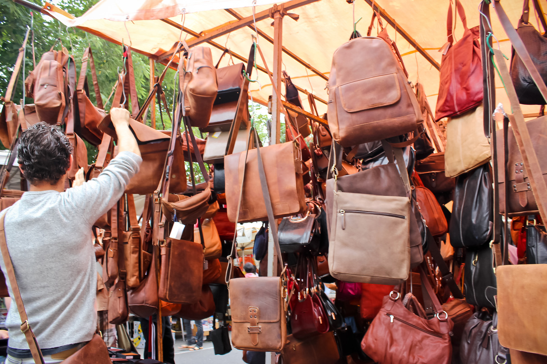 A glimpse into porta portese flea market in rome ang - Porta portese roma case ...