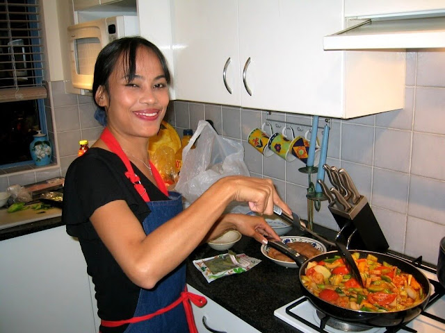 METABOLIC COOKING REVIEW AND BUYERS GUIDE | THIS IS WHY THIS GUIDE IS EXTREMELY IMPORTANT  Trying to lose weight to no avail could be a big pain in the behind, I understand that.  The road to losing weight could be a very slow, rough and tricky challenge altogether, it just takes some good effort, determination and doing a good research about your goals and plans, if you do not wish to be a wanderer. Metabolic Cooking Cookbook gives you a better solution for weight loss, not only does it bring solutions to your weight problems, it has also been proven to be effective!  It is essentially a recipe book and a nutritional guide that has beencreated and aimed towards fat loss and an increased metabolism rate. It is not like other weight loss guides that promises you all the treasures of the world only to give you useless information at the end that you will be unable to work with.  This program always comes with a call to action that needs to be implemented as soon as possible. I might understand that some of us will be like this is a fallacy, it wouldnt work. Well I totally understand the direction you are coming from and what stems this doubt in you.  It is a very proper and understandable thing to be wary of weight loss programs, especially those that seem sugar coated and promises you an easy way out with quick solutions. And according to data gotten from WebMD one of the biggest misconceptions in the race of weight loss is that carrying out something in a short term will yield long term results. That is totally through, as we all can testify to the fact that Rome wasn't built in a day!  In our quest to achieve weight loss in a brief period, we might end up falling victims of various scams and gimmicks, and this will not be pretty at all, all it does is drain your motivation and courage to actually lose weight.  Metabolic Cooking Cookbook is different as it has been tested and proven to work.  It is not an all mouths and no trousers kind of book. Seeing results is be
