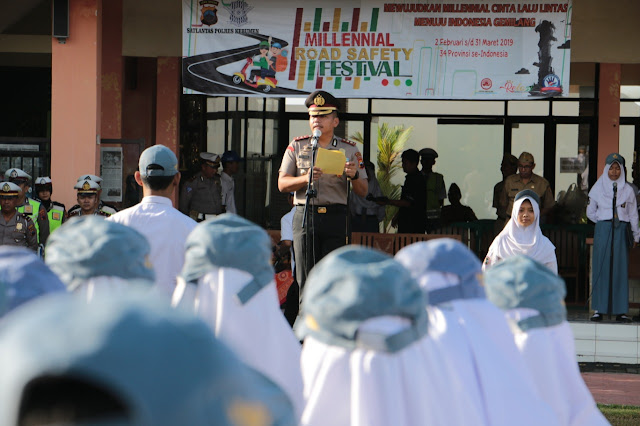"Polres Kebumen 'Goes to School' Gelorakan ""Millennial Safety Festival"""