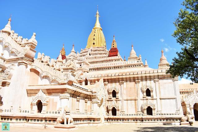 Templo Andana en Bagan, Myanmar