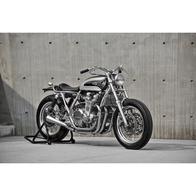 Honda CB1100 By 2 Loud Custom Shop Hell Kustom