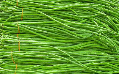 Why do my green beans taste sour