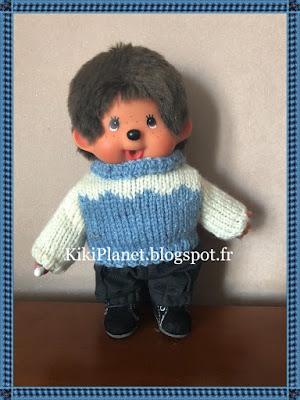 Pull bleu/blanc fait main pour Kiki ou Monchhichi, tricot, knitting, handmade