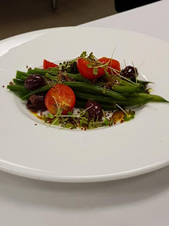 Learn how to make marinated french beans salad with kalamata
