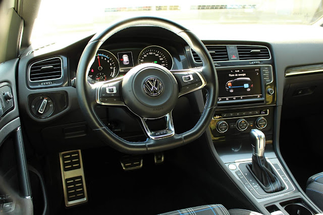 VW Golf GTE Brasil - interior - painel